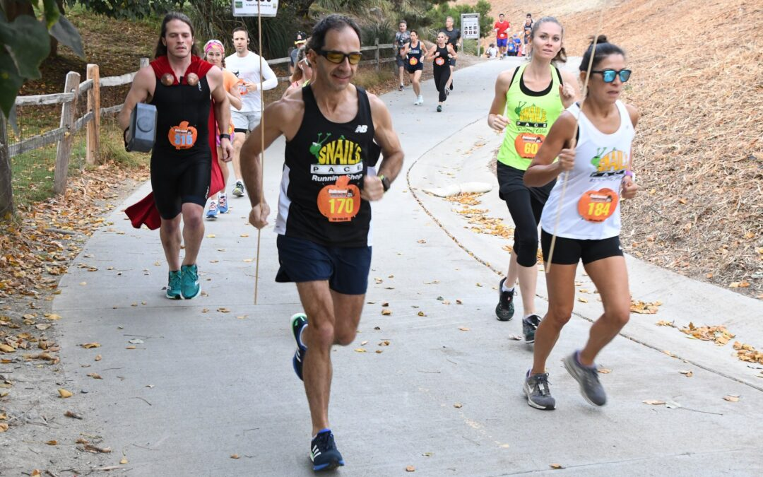 Fernando pacing a Halloween race on the Salt Creek Trail